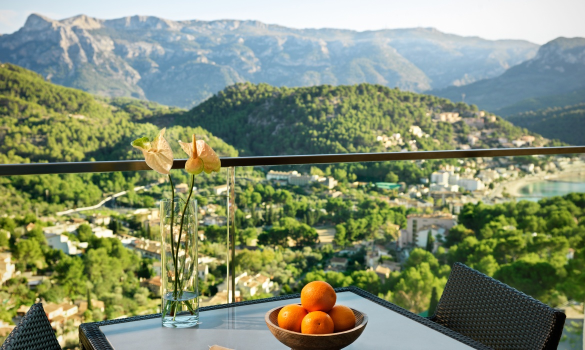 Spring into the saddle at Jumeirah Port Soller